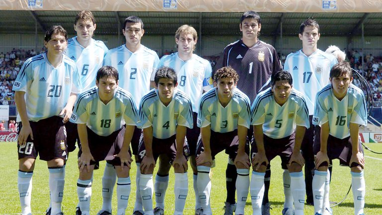 De ganar un Mundial Sub 20 con Messi y brillar en Racing y San Lorenzo a participar en rituales sangrientos en Kazajistán