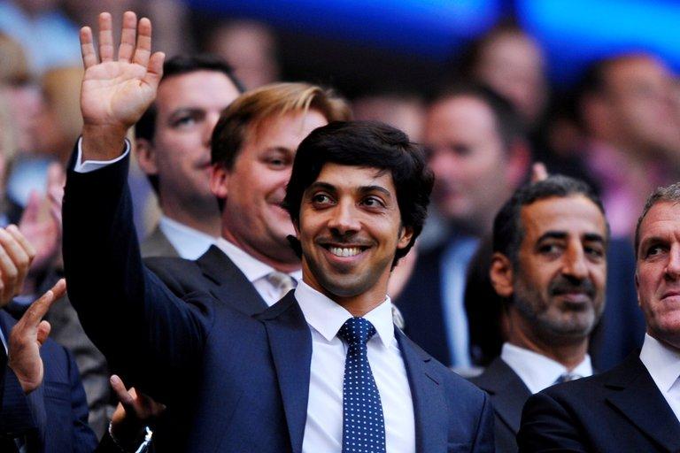 Sheikh Mansour, el hombre que tiene una fortuna de U$D 30.000 millones y puede llevar a Messi al City