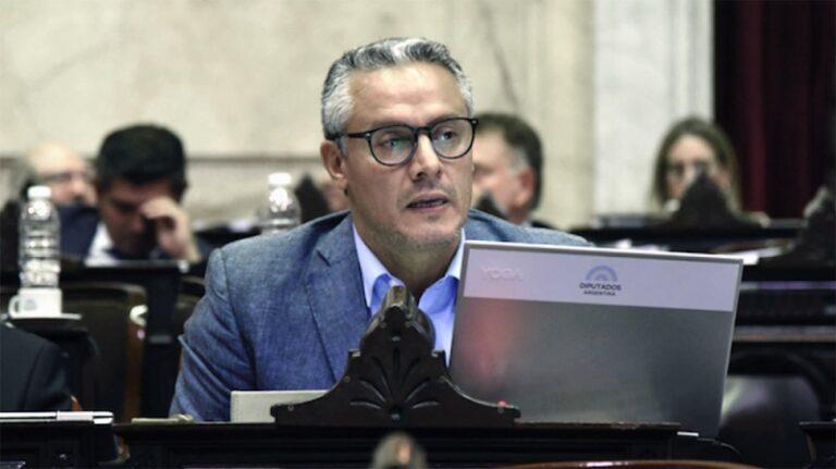 Compañerito de Julio Sahad!!! Diputado del Macrismo que estuvo presente en la última sesión dio positivo de COVID