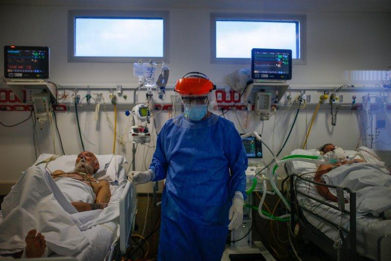 """ATENCIÓN!!! Expertos alertan que en las próximas semanas habrá un """"profundo agravamiento"""" de la pandemia en Argentina"""