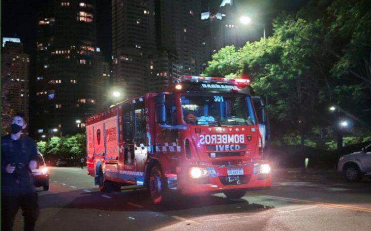 Conmoción y milagro: una nena de 6 años cayó de un quinto piso, pero sigue con vida